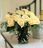 Ordu hediye çiçek yolla  11 adet sari gül mika yada cam vazo tanzim