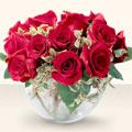 Ordu anneler günü çiçek yolla  mika yada cam içerisinde 10 gül - sevenler için ideal seçim -