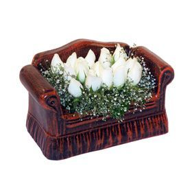 seramik içerisinde 11 gül  Ordu çiçek , çiçekçi , çiçekçilik