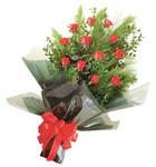 12 adet kirmizi gül buketi   Ordu ucuz çiçek gönder