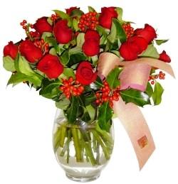 Ordu ucuz çiçek gönder  11 adet kirmizi gül  cam aranjman halinde