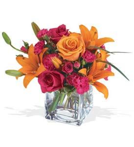 Ordu çiçek online çiçek siparişi  cam içerisinde kir çiçekleri demeti