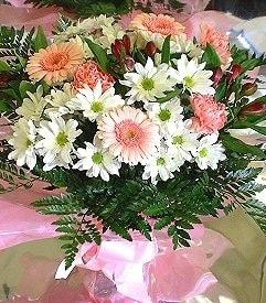 Ordu çiçek , çiçekçi , çiçekçilik  karma büyük ve gösterisli mevsim demeti