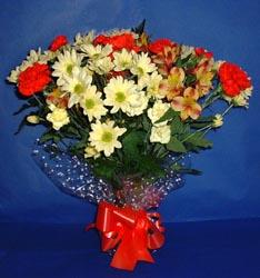 Ordu çiçek , çiçekçi , çiçekçilik  kir çiçekleri buketi mevsim demeti halinde