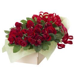 19 adet kirmizi gül buketi  Ordu çiçek mağazası , çiçekçi adresleri