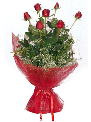 Ordu hediye sevgilime hediye çiçek  7 adet gülden buket görsel sik sadelik