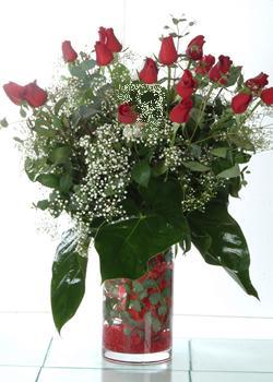 Ordu çiçek mağazası , çiçekçi adresleri  11 adet kirmizi gül ve cam yada mika vazo tanzim