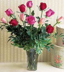 Ordu çiçek online çiçek siparişi  12 adet karisik renkte gül cam yada mika vazoda