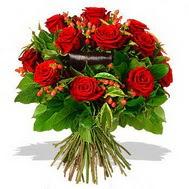 9 adet kirmizi gül ve kir çiçekleri  Ordu çiçekçi mağazası
