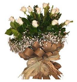 Ordu çiçek yolla  9 adet beyaz gül buketi