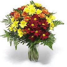 Ordu hediye çiçek yolla  Karisik çiçeklerden mevsim vazosu