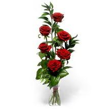 Ordu hediye çiçek yolla  cam yada mika vazo içerisinde 6 adet kirmizi gül