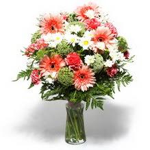 Ordu çiçek siparişi sitesi  cam yada mika vazo içerisinde karisik demet çiçegi