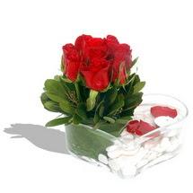 Mika kalp içerisinde 9 adet kirmizi gül  Ordu hediye sevgilime hediye çiçek