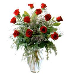 Vazo içerisinde 11 kirmizi gül  Ordu çiçekçiler