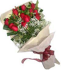 11 adet kirmizi güllerden özel buket  Ordu internetten çiçek satışı