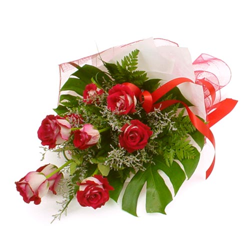 çiçek gönder 7 adet kirmizi gül buketi  Ordu çiçek servisi , çiçekçi adresleri