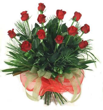 Çiçek yolla 12 adet kirmizi gül buketi  Ordu çiçek mağazası , çiçekçi adresleri
