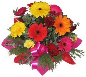 Karisik mevsim çiçeklerinden buket  Ordu 14 şubat sevgililer günü çiçek