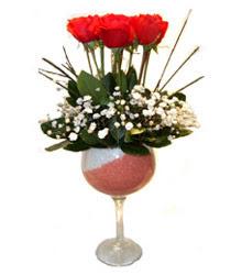 Ordu çiçek siparişi sitesi  cam kadeh içinde 7 adet kirmizi gül çiçek