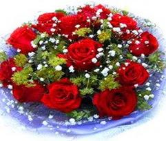 9 adet kirmizi güllerden buket  Ordu çiçek yolla