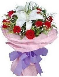 9 adet kirmizi gül 1 adet kazablanka buketi  Ordu ucuz çiçek gönder