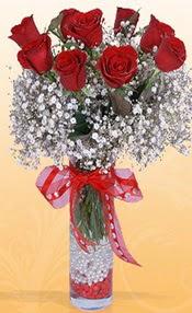 9 adet kirmizi gül cam yada mika vazoda  Ordu çiçek online çiçek siparişi