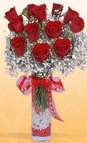 10 adet kirmizi gülden vazo tanzimi  Ordu hediye çiçek yolla