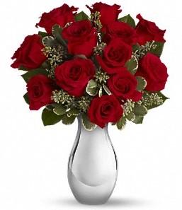 Ordu çiçekçiler   vazo içerisinde 11 adet kırmızı gül tanzimi