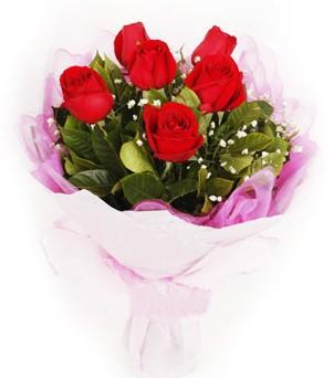 Ordu 14 şubat sevgililer günü çiçek  kırmızı 6 adet gülden buket