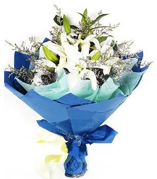 Ordu uluslararası çiçek gönderme  4 adet dal kazablankadan görsel buket