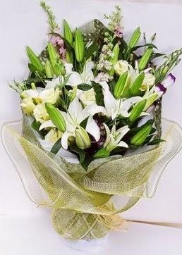 Ordu hediye sevgilime hediye çiçek  3 adet kazablankalardan görsel buket çiçeği
