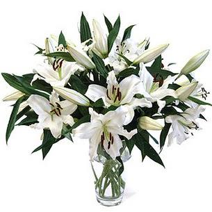 Ordu çiçek yolla  3 dal görsel casablanca vazo tanzimi