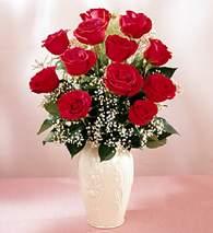 Ordu ucuz çiçek gönder  9 adet vazoda özel tanzim kirmizi gül