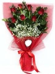 7 adet kırmızı gülden buket tanzimi  Ordu çiçek siparişi vermek