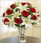 12 adet kırmızı gül 2 dal kazablanka vazosu  Ordu çiçek gönderme