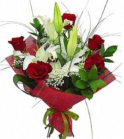 1 dal kazablanka 5 kırmızı gül buketi  Ordu çiçek servisi , çiçekçi adresleri
