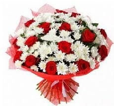 11 adet kırmızı gül ve 1 demet krizantem  Ordu çiçek online çiçek siparişi