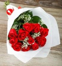 9 kırmızı gülden buket çiçeği  Ordu çiçek gönderme sitemiz güvenlidir
