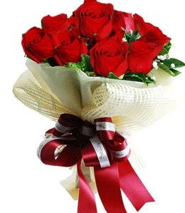 9 adet kırmızı gülden buket tanzimi  Ordu çiçek yolla , çiçek gönder , çiçekçi