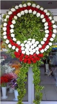 Cenaze çelenk çiçeği modeli  Ordu uluslararası çiçek gönderme