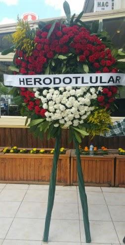 Cenaze çelengi cenazeye çiçek modeli  Ordu çiçek gönderme