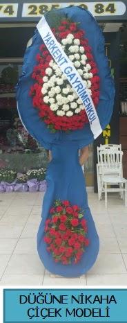 Düğüne nikaha çiçek modeli  Ordu çiçek gönderme