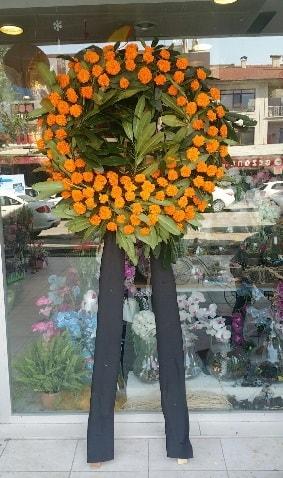 Cenaze çiçeği cenaze çelengi çiçek modeli  Ordu çiçek gönderme sitemiz güvenlidir