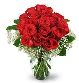 25 adet kırmızı gül cam vazoda  Ordu çiçekçi telefonları