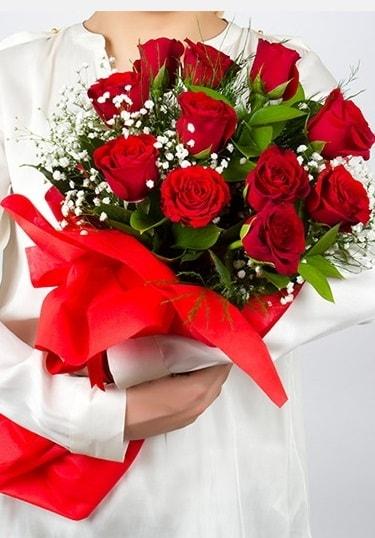 Aşk Gülleri 11 Adet kırmızı gül buketi  Ordu çiçek yolla