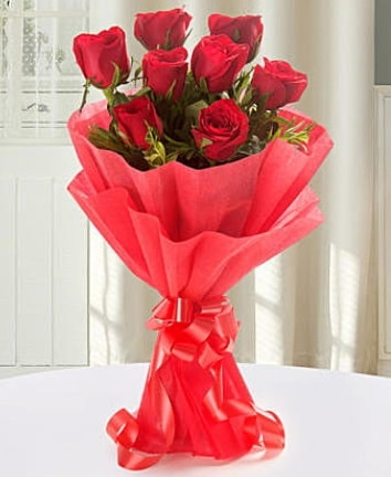 9 adet kırmızı gülden modern buket  Ordu online çiçekçi , çiçek siparişi