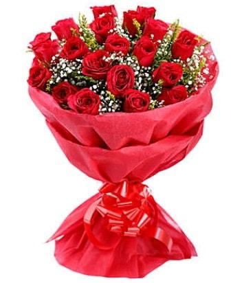 21 adet kırmızı gülden modern buket  Ordu çiçek gönderme sitemiz güvenlidir
