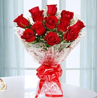11 adet kırmızı gülden görsel şık buket  Ordu çiçek satışı