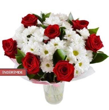 7 kırmızı gül ve 1 demet krizantem  Ordu çiçek yolla , çiçek gönder , çiçekçi